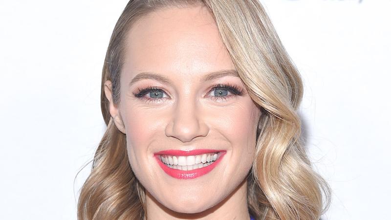 Danielle Savre body measurements botox lips