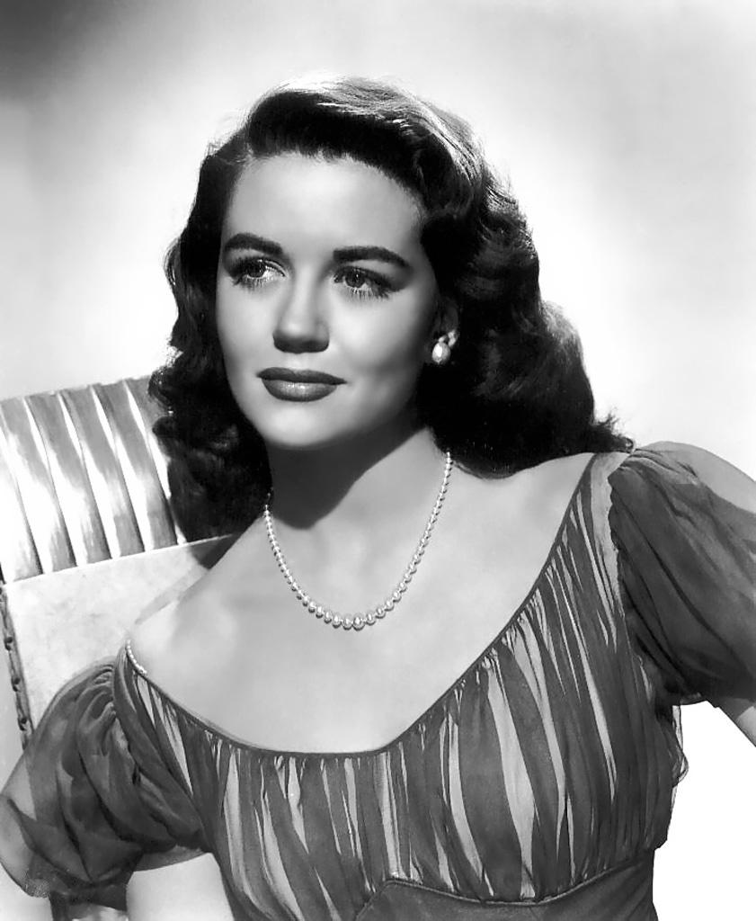 Dorothy Malone plastic surgery procedures