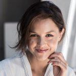 Isabelle Cornish facelift lips nose job