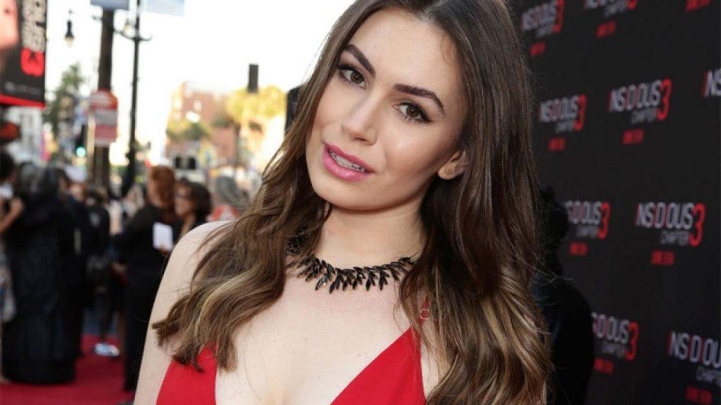 Sophie Simmons body measurements facelift lips